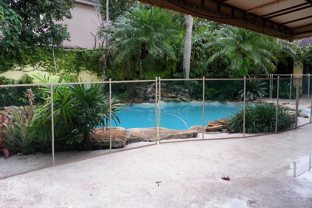 Black Swimming Pool Fences - Baby Guard Pool Fence
